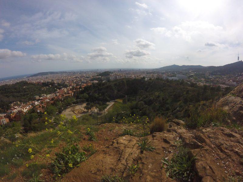 Vistas de la ciudad de Barcelona sobre el nivel del mar